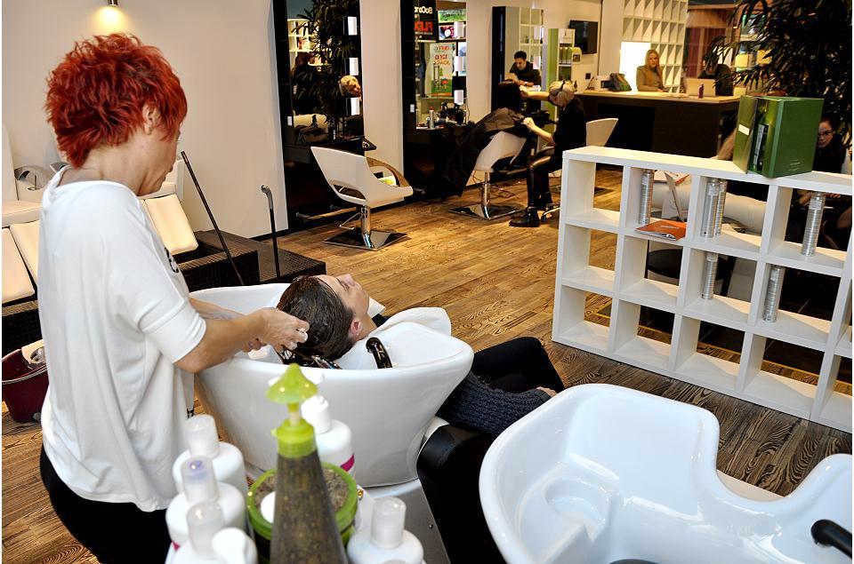 Salon Cosmetica Tratamente Faciale Epilat Pensat Si Make Up